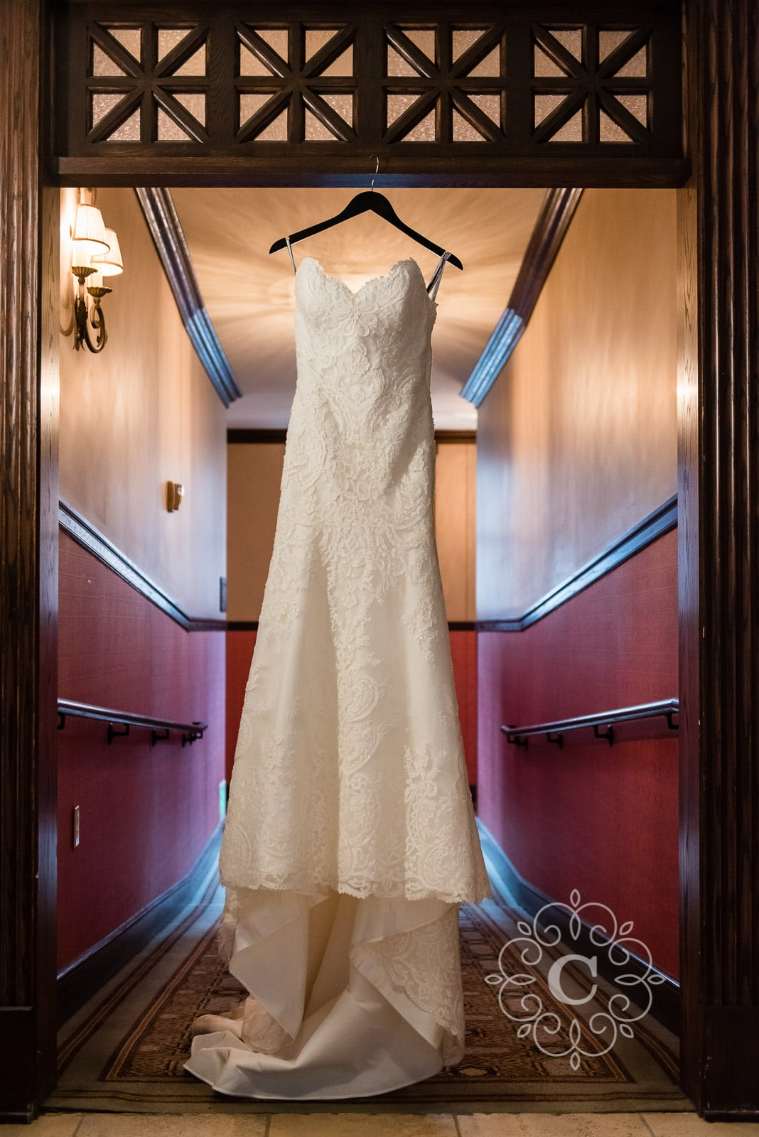 Renaissance Depot Minneapolis Wedding Photo
