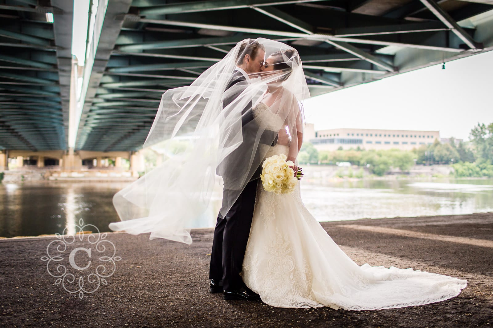 Hennepin Ave Bridge Wedding Photo