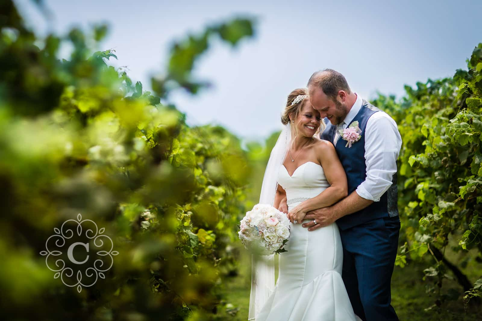 MN Vineyard Wedding Photos