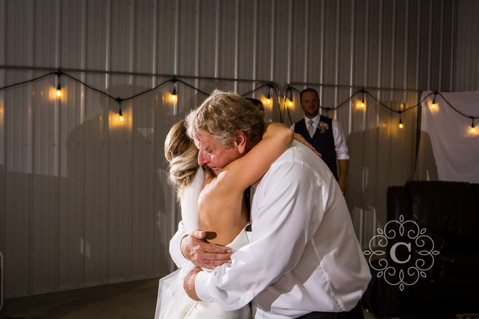 MN Barn Wedding Photos