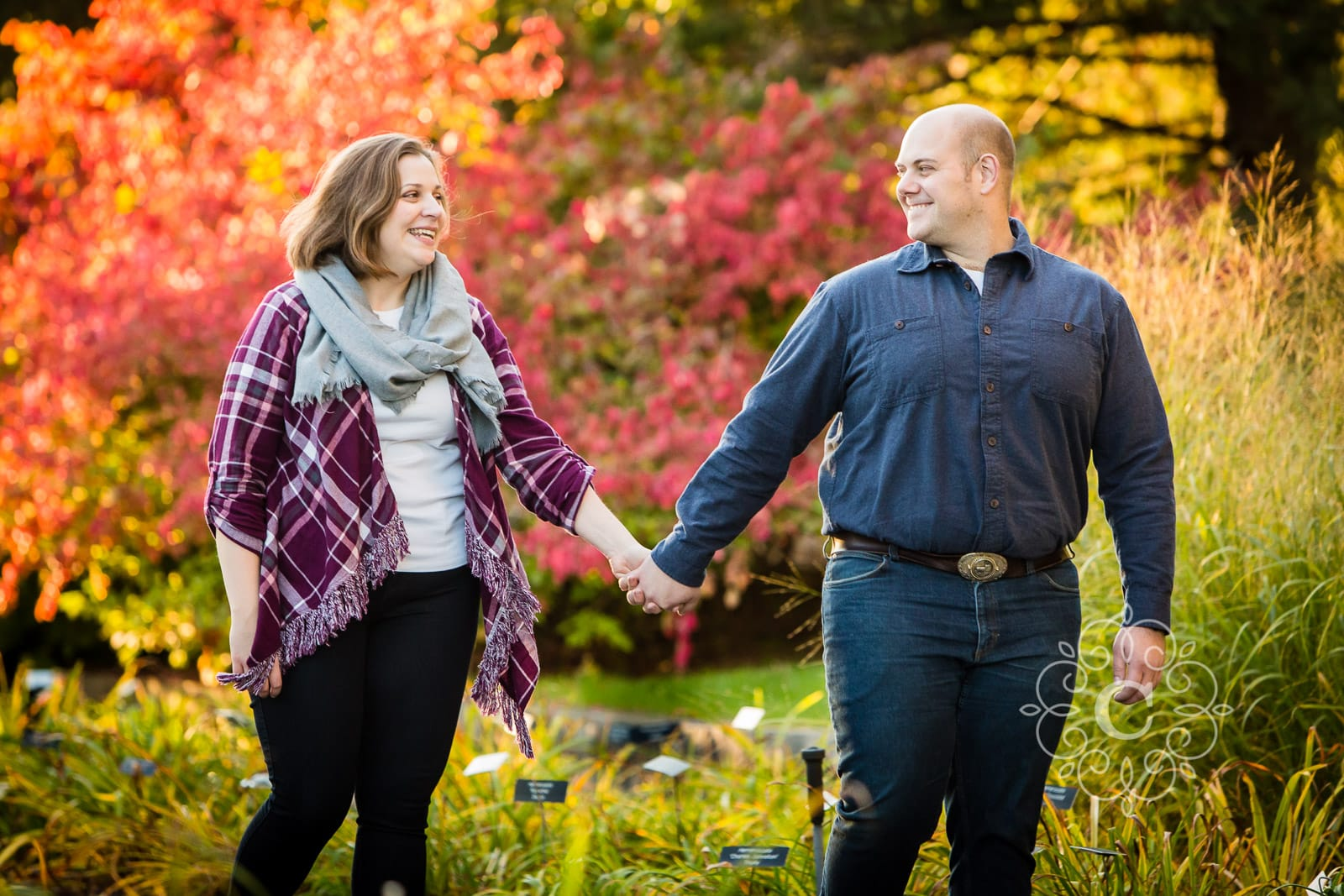 MN Landscape Arboretum Fall Engagement Photo