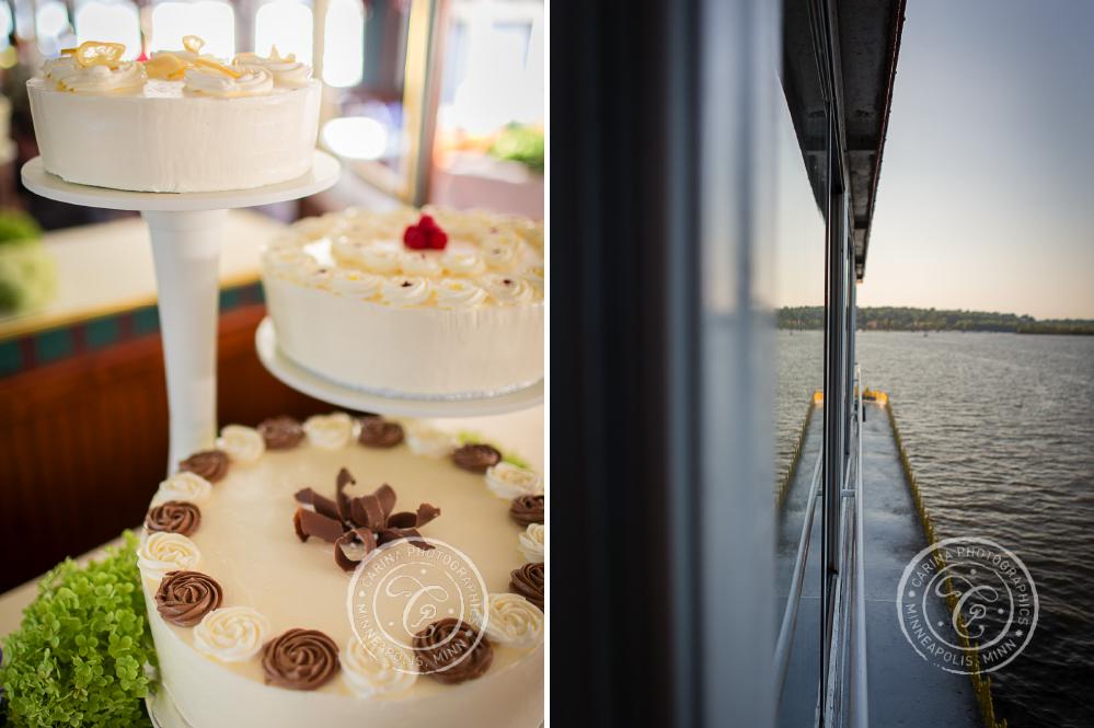 Stillwater MN Paddleboat Cruise Wedding Photo